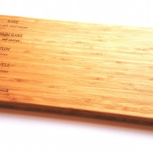 קרש מעץ איכותי לחיתוך בשר