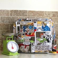 כיסוי למיקסר מעוצב בדוגמת קומיקס צבעוני ומשמח, מתנה למטבח