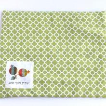כיסוי פלטה מעוצב ירוק תלתן