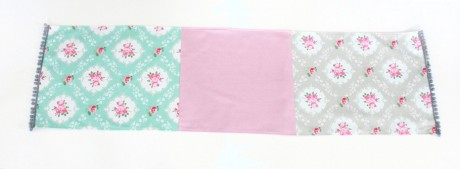 Shabby Chic Table Runner