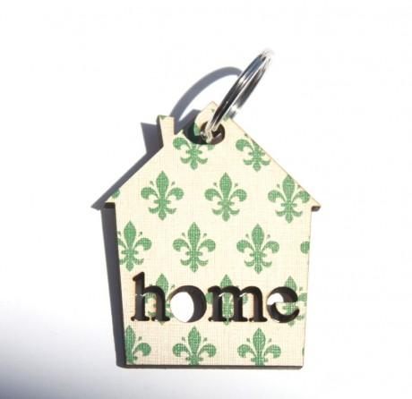 Green club symbol keychain-Home